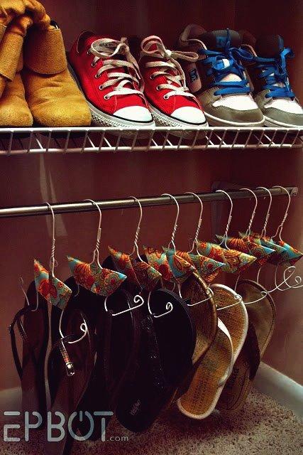 Wie macht man Flip Flops Kleiderbügel aus Draht Kleiderbügel