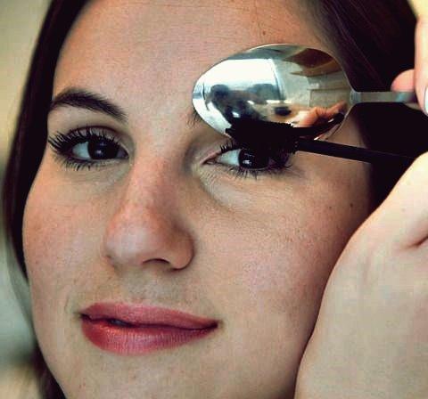 17 lebensverändernde Make-up-Hacks, die jede Frau kennen muss