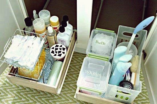 40+ Brilliant DIY Storage und Organisation Hacks für kleine Badezimmer