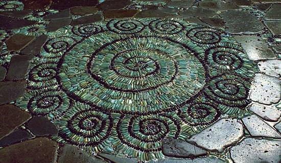 Wie DIY Spiral Mosaic Stone Garden Path
